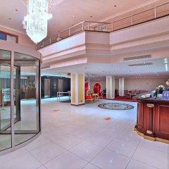 Lady Diana Hotel интерьер отеля