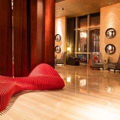 Отель Andaz Capital Gate Abu Dhabi - A Concept By Hyatt Абу-Даби фитнесс-зал