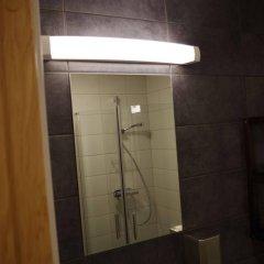 Отель Spoton Hostel & Sportsbar Швеция, Гётеборг - 1 отзыв об отеле, цены и фото номеров - забронировать отель Spoton Hostel & Sportsbar онлайн ванная фото 2