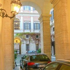Отель Prime 1Br/Ba Apt Next Colosseum Италия, Рим - отзывы, цены и фото номеров - забронировать отель Prime 1Br/Ba Apt Next Colosseum онлайн балкон