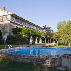 Отель Posada Real Del Pinar Посаль-де-Гальинас бассейн фото 2