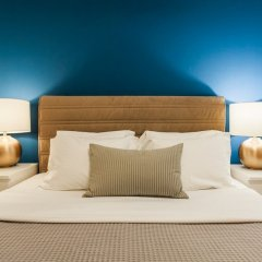 Апартаменты Monastiraki Apartments by Livin Urbban комната для гостей