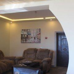 Отель Rafiki Hostel Иордания, Вади-Муса - отзывы, цены и фото номеров - забронировать отель Rafiki Hostel онлайн интерьер отеля фото 3
