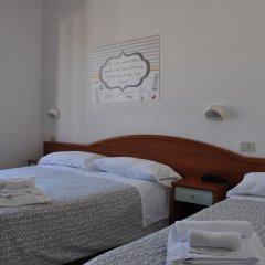 Отель Villa Caterina Италия, Римини - 1 отзыв об отеле, цены и фото номеров - забронировать отель Villa Caterina онлайн комната для гостей фото 3