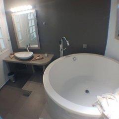 Отель Amoudi Villas Греция, Остров Санторини - отзывы, цены и фото номеров - забронировать отель Amoudi Villas онлайн ванная