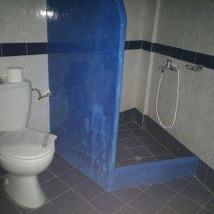 Отель Roula Villa Греция, Остров Санторини - отзывы, цены и фото номеров - забронировать отель Roula Villa онлайн ванная