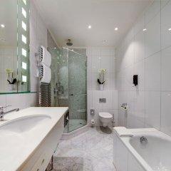 Отель Fairmont Le Montreux Palace ванная фото 2