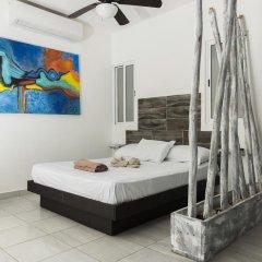 Отель Suite 24 Плая-дель-Кармен сейф в номере