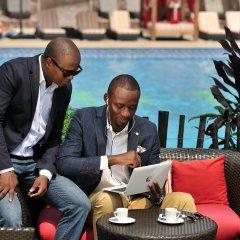 Отель Pullman Kinshasa Grand Hotel Республика Конго, Киншаса - отзывы, цены и фото номеров - забронировать отель Pullman Kinshasa Grand Hotel онлайн питание фото 3