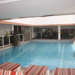 Отель Adwoa Wangara бассейн фото 3