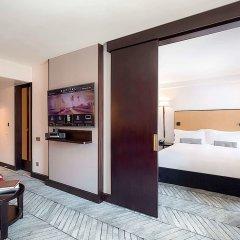 Отель Sofitel Lisbon Liberdade сейф в номере