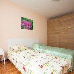 Апартаменты «Этажи Библиотечная-Комсомольская» Екатеринбург комната для гостей