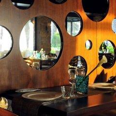 One & Only Royal Mirage Arabian Court Hotel гостиничный бар фото 3