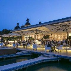 Отель Falkensteiner Schlosshotel Velden бассейн фото 2
