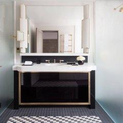 Four Seasons Hotel London at Ten Trinity Square ванная