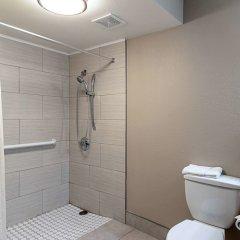 Отель Econo Lodge Кингсвилль ванная фото 2
