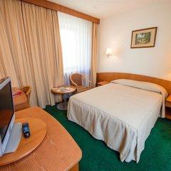 Гостиница Амбассадор в Санкт-Петербурге - забронировать гостиницу Амбассадор, цены и фото номеров Санкт-Петербург сейф в номере