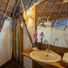 Отель Ninamu Resort - All Inclusive Французская Полинезия, Тикехау - отзывы, цены и фото номеров - забронировать отель Ninamu Resort - All Inclusive онлайн ванная