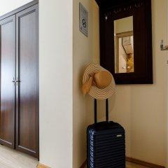 Отель Apartament Przytulny OLD TOWN Ogarna St. сейф в номере