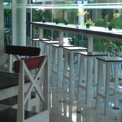 Отель Zing Resort & Spa Таиланд, Паттайя - 11 отзывов об отеле, цены и фото номеров - забронировать отель Zing Resort & Spa онлайн балкон
