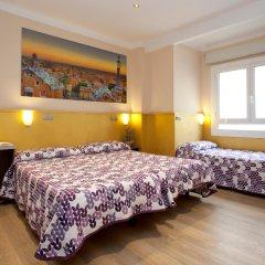 Отель Hostal Barcelona комната для гостей