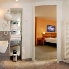 Отель Best Western Premier Airporthotel Fontane Berlin ванная фото 2