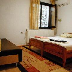 Отель Toni's Guest House Болгария, Сандански - отзывы, цены и фото номеров - забронировать отель Toni's Guest House онлайн комната для гостей фото 5