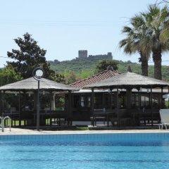 Отель Irida бассейн фото 3