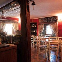 Отель Comme Chez Soi Сен-Кристоф в номере