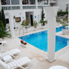 Conny's Boutique Hotel - Adults Only бассейн фото 2