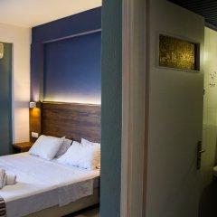 Отель Stalis Blue Sea Front Deluxe Rooms сейф в номере