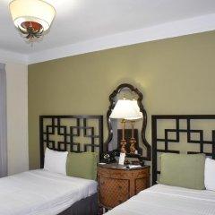 South Beach Plaza Hotel сейф в номере