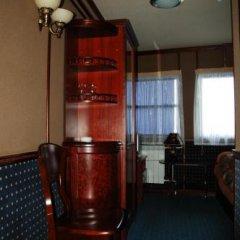 Отель Bogdan Khmelnytskyi Киев удобства в номере фото 2