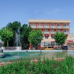Hotel Silvia бассейн