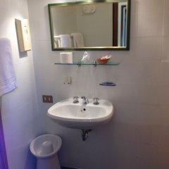 Отель alla Fiera Италия, Падуя - отзывы, цены и фото номеров - забронировать отель alla Fiera онлайн ванная