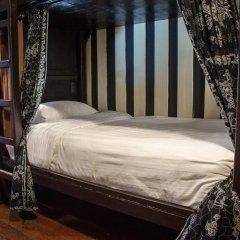 Отель Bed and Butler Hostel Таиланд, Бангкок - отзывы, цены и фото номеров - забронировать отель Bed and Butler Hostel онлайн комната для гостей