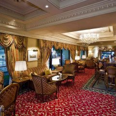 Grand Hotel Wien гостиничный бар
