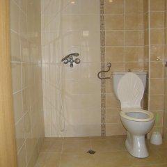 Отель Family Hotel Saint Iliya Болгария, Бургас - отзывы, цены и фото номеров - забронировать отель Family Hotel Saint Iliya онлайн ванная