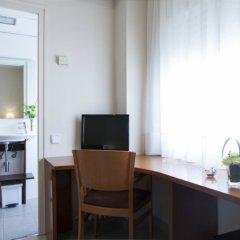 Отель Bonanova Park Испания, Барселона - 5 отзывов об отеле, цены и фото номеров - забронировать отель Bonanova Park онлайн удобства в номере фото 2