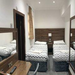 Отель Leisure Inn комната для гостей фото 2