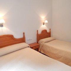 Отель Hostal Las Cumbres Испания, Кониль-де-ла-Фронтера - отзывы, цены и фото номеров - забронировать отель Hostal Las Cumbres онлайн комната для гостей фото 5