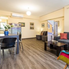 Апартаменты Exceptionally located apartment in Plaka Афины комната для гостей фото 2