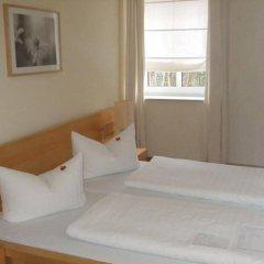 Отель Villa Seraphinum Германия, Дрезден - отзывы, цены и фото номеров - забронировать отель Villa Seraphinum онлайн комната для гостей фото 3