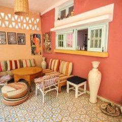 Отель Maison d'Hôtes Dar Farhana Марокко, Уарзазат - отзывы, цены и фото номеров - забронировать отель Maison d'Hôtes Dar Farhana онлайн интерьер отеля фото 2