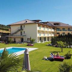 Hotel Weingarten Кальдаро-сулла-Страда-дель-Вино бассейн