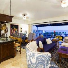 Отель Hacienda Encantada Resort & Residences интерьер отеля