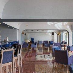 Апартаменты Oura View Beach Club Apartments питание