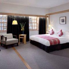 Radisson Blu Hotel, Edinburgh City Centre Эдинбург сейф в номере