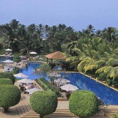 Отель Kenilworth Beach Resort & Spa Индия, Гоа - 1 отзыв об отеле, цены и фото номеров - забронировать отель Kenilworth Beach Resort & Spa онлайн бассейн