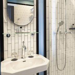 Отель Lenox Montparnasse Hotel Франция, Париж - 1 отзыв об отеле, цены и фото номеров - забронировать отель Lenox Montparnasse Hotel онлайн ванная фото 2